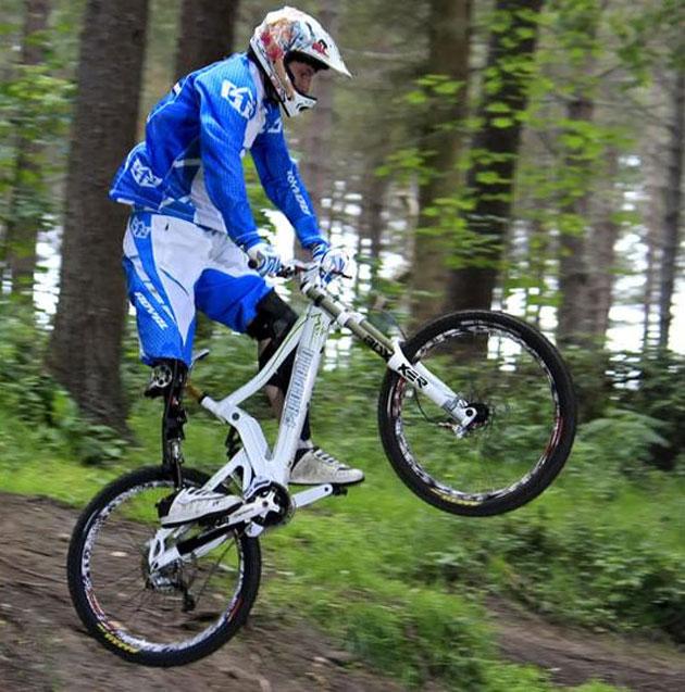 Протез для катания на горных велосипедах  Читать полностью: http://www.interfax.by/article/1146824